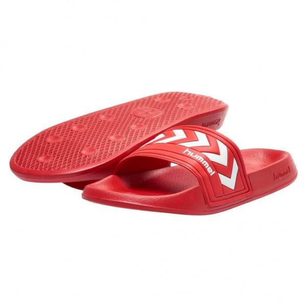 Die neuen hummel Badelatschen Larsen in limitierter Farbe rot